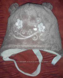 Красивая теплая шапочка для малышки Pupill Польша