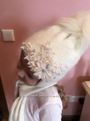 Нарядный зимний комплект-  шапка шарф