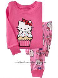 Яркая пижама Hello Kitty с кексами