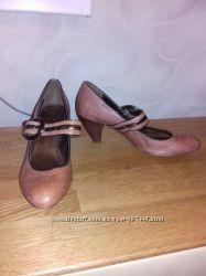 кожаные туфли CLARKS 38, 5