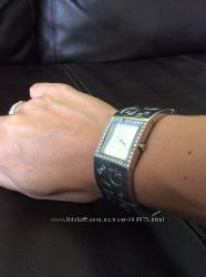 Продам часы марки GUESS