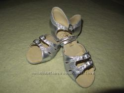 Новые туфли для бальных танцев