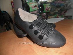 Симпатичные туфли р. 32, 33, 34, 37  маломерки