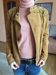 Замшевая куртка Stradivarius
