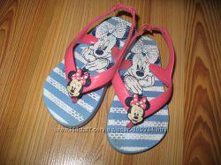 Босоножки флип-флопы Disney Минни24-25р-р, по стельке 15 см