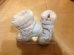 Сапожки зимние Hello Kitty  22-23 размер