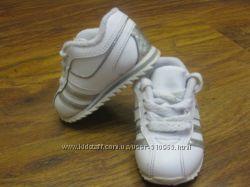 Продам детские кроссовки GEORGE стелька 11, 2 см 18 размер