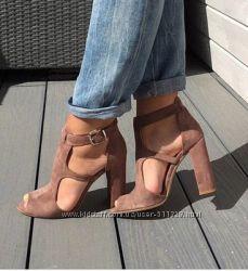 Пошив обуви Босоножки под бренд