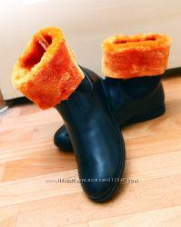 Акция. Зима. 36р. -24см. Ботинки женские черные с оранжевым. Очень удобные.