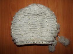 Теплая красивая шапочка. Состояние новой.