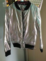 Стильна куртка металік