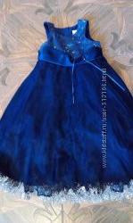 Фирменные нарядные платья