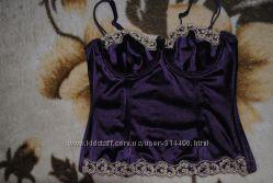 Сексуальный корсет насыщенного фиолетового цвета