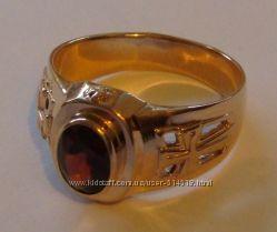 Кольцо 3097Г, золото 585 проба, натуральный гранат, распродажа.