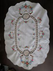 Салфетка декоративная вязанная