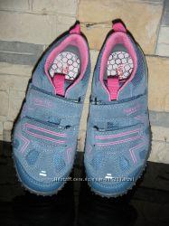 Продам кроссовки superfit на девочку