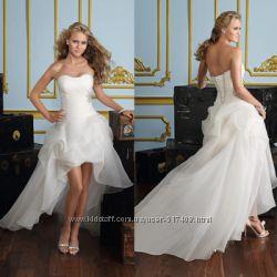 Продам эксклюзивное свадебное платье M