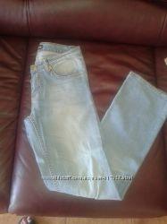 Продам джинсы от Roberto Cavalli