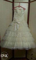 Шикарное бальное свадебное платье