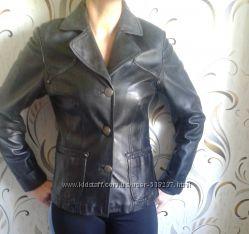 Кожаные пиджачки 44-46 размер