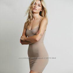 Платье-чехол под вязаное платье