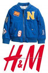 Стильная куртка бомбер для мальчика 1-2 года фирмы H&M Швеция