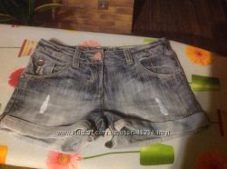 Джинсовые шорты и мини юбочки  на 8 -10 лет