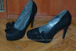 Модельные удобные туфли Anne Michelle