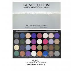 Палетки теней Revolution makeup