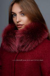 Шикарное зимнее пальто с натуральным мехом и клатчем