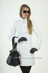Белое кашемировое пальтоNui Veri