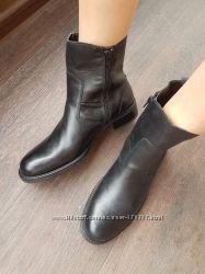 Ботинки 39 р 26 см