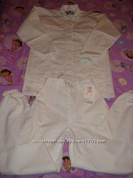 Новые белые женские костюмы  медика, повара, продавца