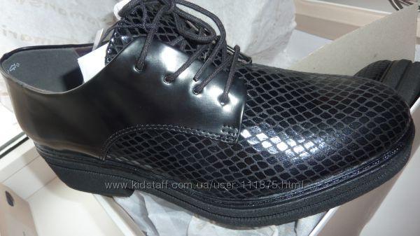Туфли Tamaris 38 39 размер в наличии