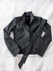 Пиджак на пуговицах воротник стойка