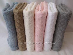 Махровые полотенца для лица в наличии