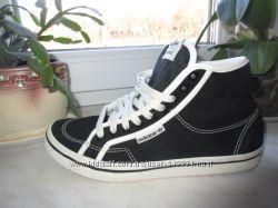 Замшевые деми кроссовки Adidas 39 р. Оригинал