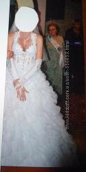 Красивое свадебное платье в камнях 44 р.