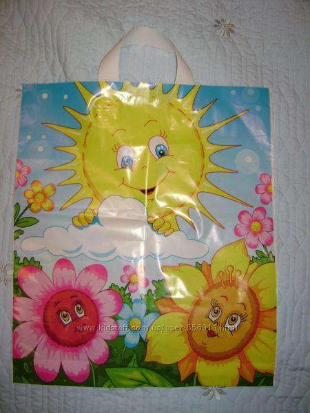 Детские красочные пакеты