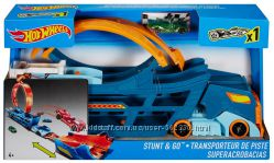 Трек-трансформер Трюки и гонки Hot Wheels Stunt n&180 Go Track DWN56