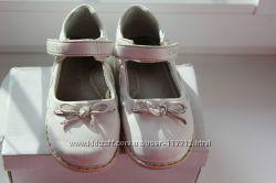 Нарядные, кожаные, беленькие туфельки CLIBEE 24 р-р