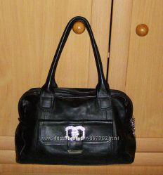 Интересная черная деловая сумка