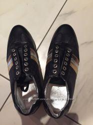 DG кросівки