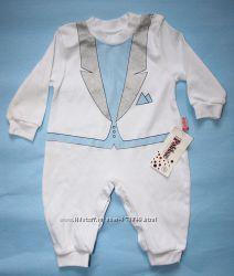 Новый нарядный человечек-смокинг для мальчика разм. 68-74
