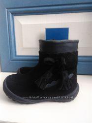 Замшевые Деми ботиночки на малышку, р. 20, стелька 13 см