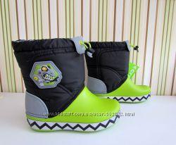 Сапожки светящиеся Crocs LodgePoint boot