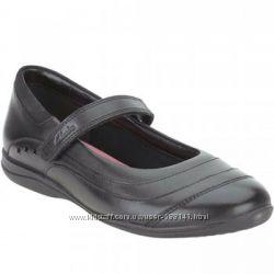 Clarks Daisy Dena школьные кожаные черные  туфли размер  33, 33. 5, 34, 35