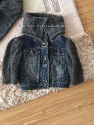 Женская курточка DSQUARED М с воротничком в отличном состоянии