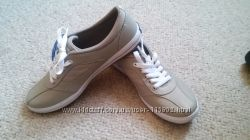 Keds Women&acutes Sneaker - нове спортивне взуття. Остання пара.