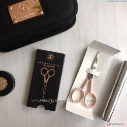 Ножницы для бровей ANASTASIA Beverly Hills Scissors